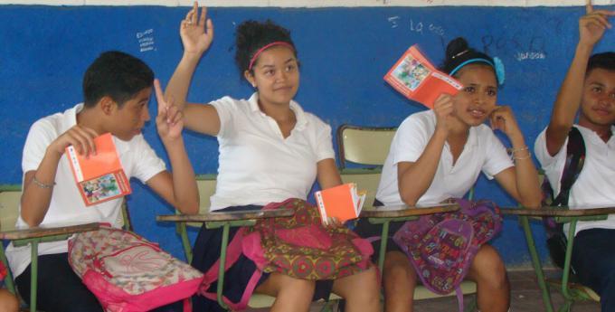 Adolescentes durante una de las capacitaciones del proyecto.