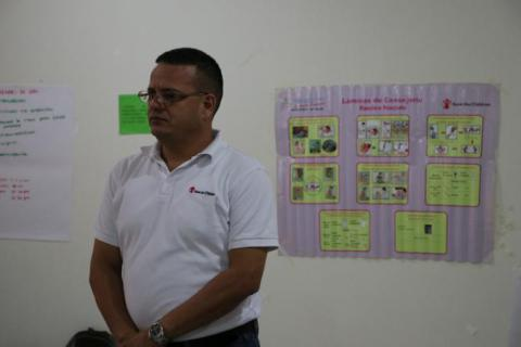 Carlos Jarquin, técnico especialista de campo del programa de salud de Save the Children